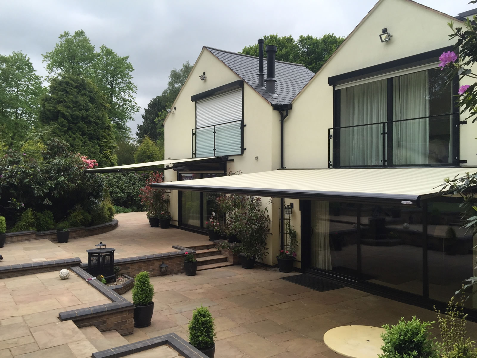 Domestic and Commercial Awnings